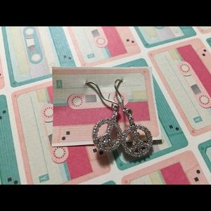 *5/$15* peace sign earrings